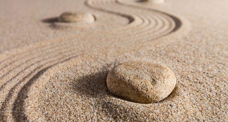 holistic_medicine_sand